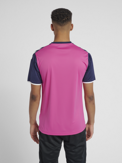 CORE SS POLY JERSEY, ROSE VIOLET/MARINE PR, model