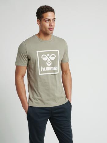 hmlISAM T-SHIRT, VETIVER, model