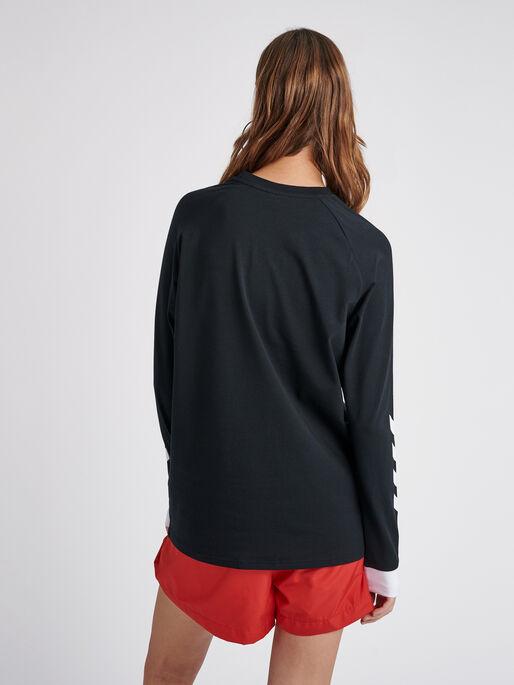 hmlKROVEJ T-SHIRT L/S, BLACK, model