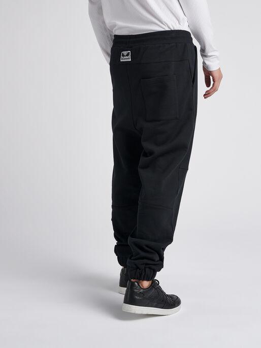 hmlLAKRIDS PANTS, BLACK, model