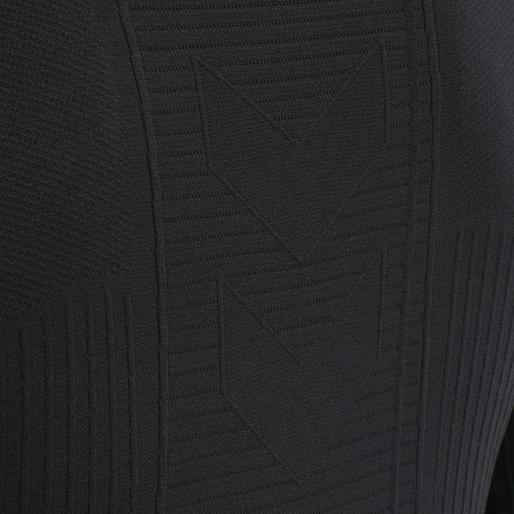 hmlSTROKE SEAMLESS T-SHIRT L/S, BLACK, packshot