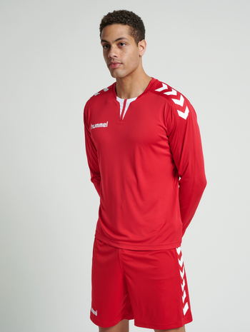 CORE LS POLY JERSEY, TRUE RED PR, model