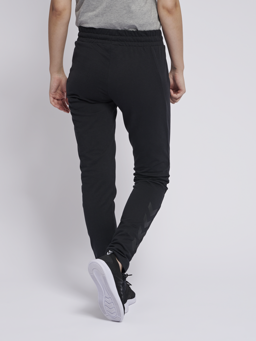 hmlNICA ENGINEERED PANTS, BLACK, model