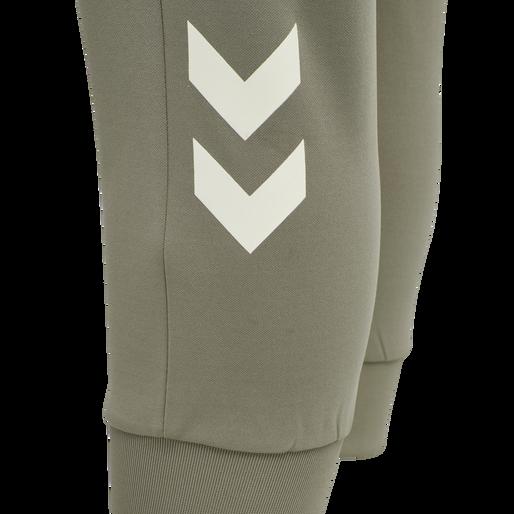 hmlESTRID REGULAR 7/8 PANTS, VETIVER, packshot