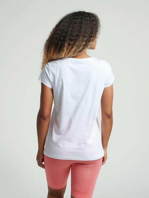 hmlSPRING T-SHIRT, WHITE, model