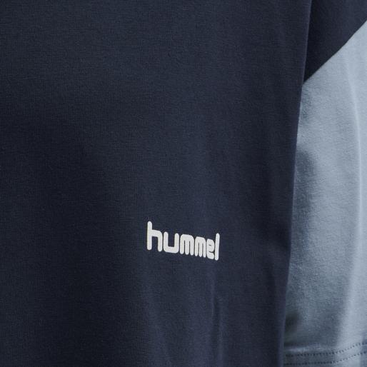 hmlMULTI COLOR T-SHIRT, BLACK IRIS, packshot