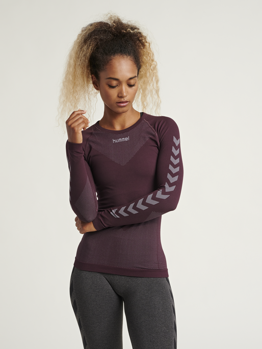 HUMMEL FIRST SEAMLESS JERSEY L/S WOMAN, BORDEUAX/LIGHT GREY, model