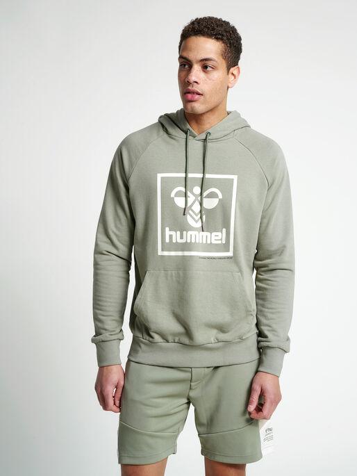 hmlISAM HOODIE, VETIVER, model