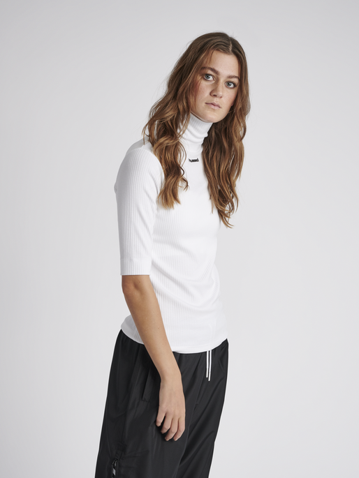 hmlCAROLINE RIB TURTLENECK S/S, WHITE, model