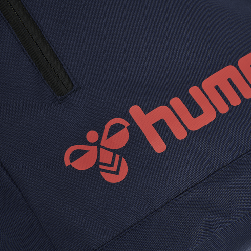 hmlACTION BACK BAG, DARK SAPPHIRE/FIESTA, packshot
