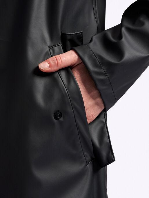 hmlJOY RAIN COAT, BLACK, model