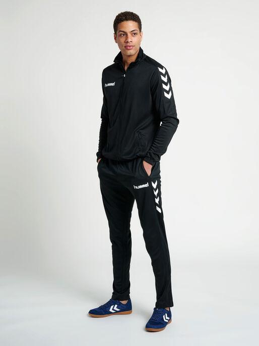 CORE POLY JACKET, BLACK, model