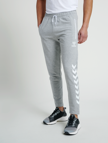 hmlRAY 2.0 TAPERED PANTS, GREY MELANGE, model