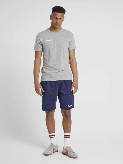 HUMMEL GO COTTON T-SHIRT S/S, GREY MELANGE, model