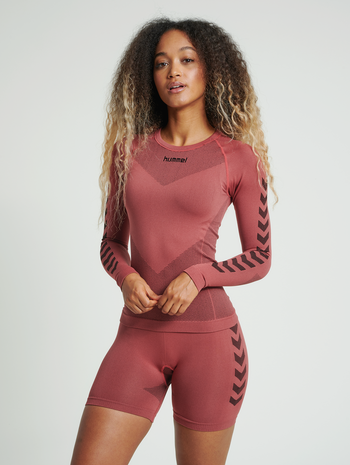 HUMMEL FIRST SEAMLESS JERSEY L/S WOMAN, MARSALA, model