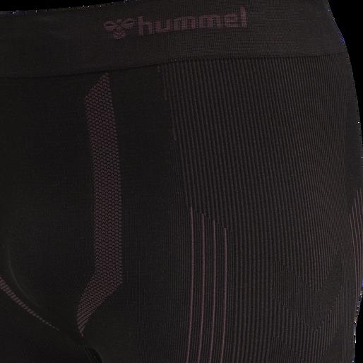 hmlLOGAN SEAMLESS TIGHT SHORTS, BLACK, packshot