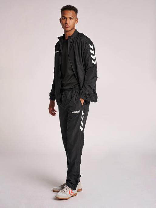 CORE POLY PANT, BLACK, model