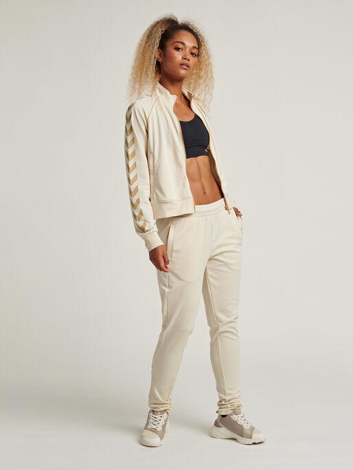 hmlZIBA TAPERED PANTS, BONE WHITE, model