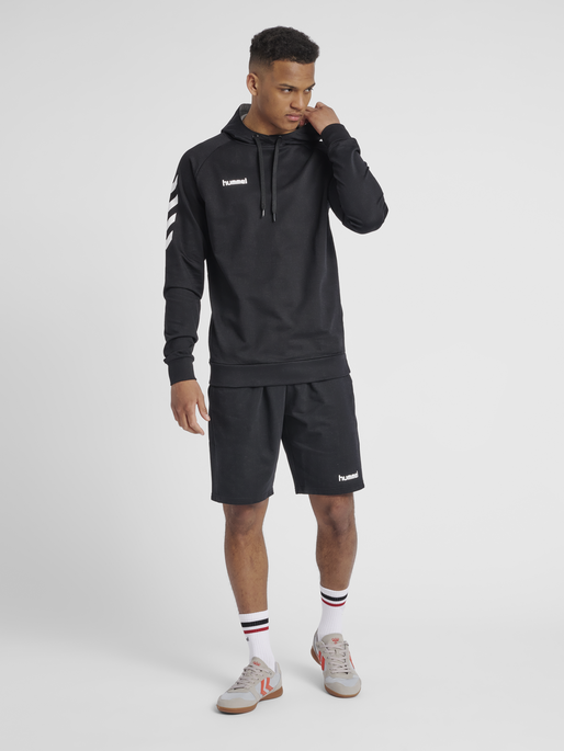 HUMMEL GO COTTON HOODIE, BLACK, model