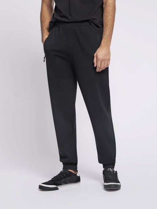 hmlLAURI REGULAR PANTS, BLACK, model