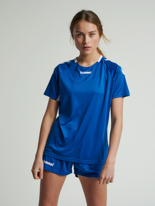 CORE TEAM JERSEY WOMAN S/S, TRUE BLUE, model