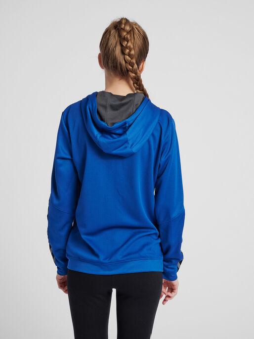 hmlAUTHENTIC POLY ZIP HOODIE WOMAN, TRUE BLUE, model