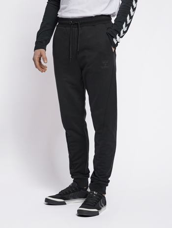 hmlISAM REGULAR PANTS, BLACK, model
