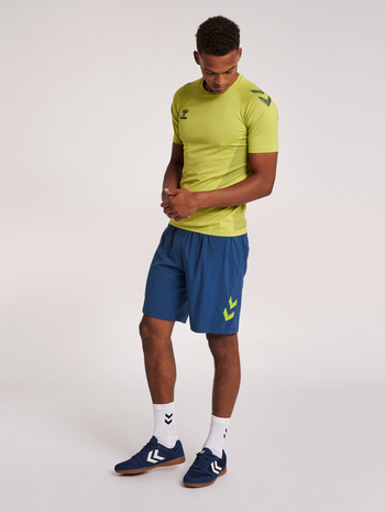 hmlLEAD PRO SEAMLESS TRAINING JERSEY, LIME PUNCH, model
