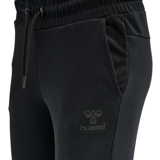 hmlNONI TAPERED PANTS, BLACK, packshot