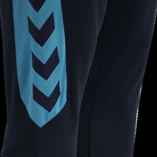 hmlACTION POLY TRAINING PANTS, BLACK IRIS/ATOMIC BLUE, packshot