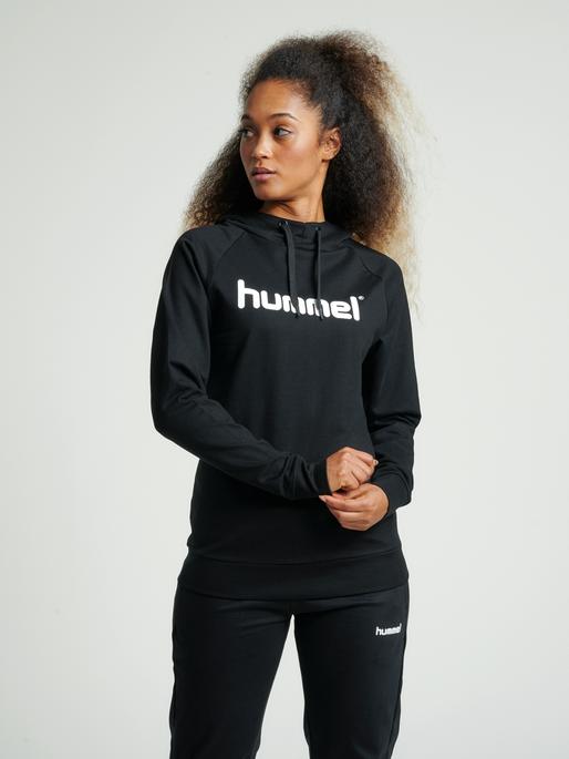HUMMEL GO COTTON LOGO HOODIE WOMAN, BLACK, model