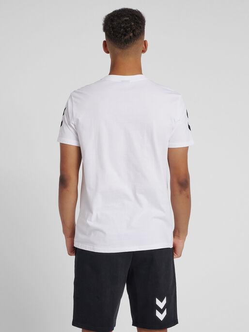 HUMMEL GO COTTON T-SHIRT S/S, WHITE, model