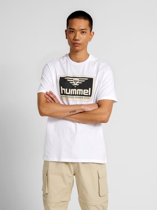 hmlFRESH T-SHIRT, WHITE, model