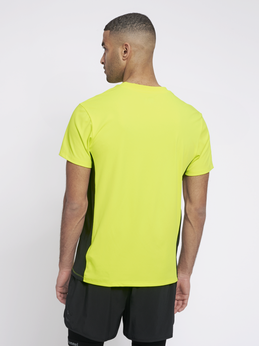 hmlEINO T-SHIRT S/S, SAFETY YELLOW, model
