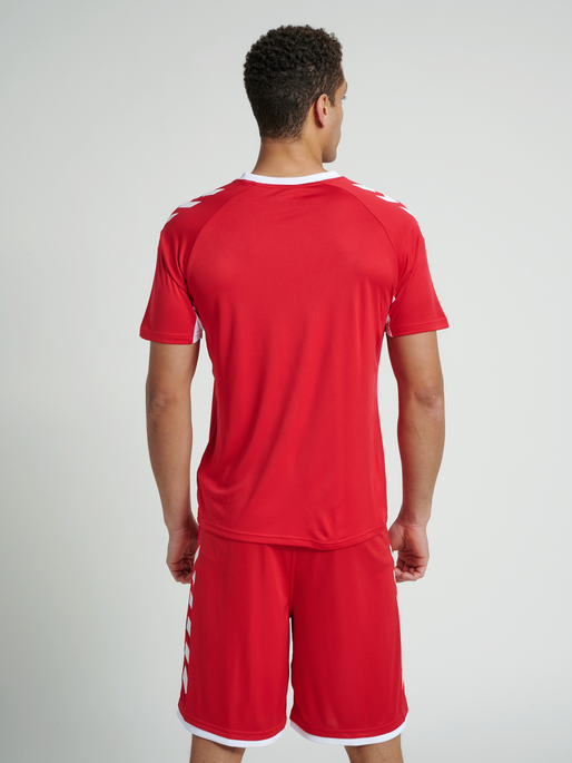 CORE TEAM JERSEY S/S, TRUE RED, model
