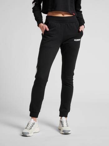 hmlLEGACY WOMAN TAPERED PANTS, BLACK, model