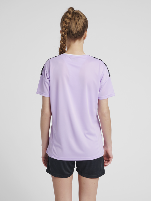 hmlAUTHENTIC POLY JERSEY WOMAN S/S, LAVENDULA, model