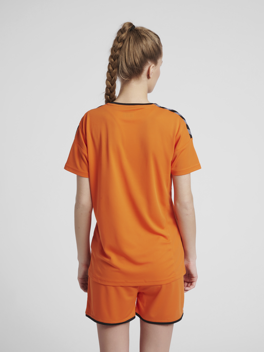 hmlAUTHENTIC POLY JERSEY WOMAN S/S, TANGERINE, model