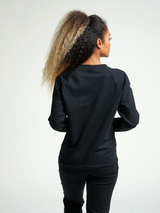 HUMMEL GO COTTON SWEATSHIRT WOMAN, BLACK, model