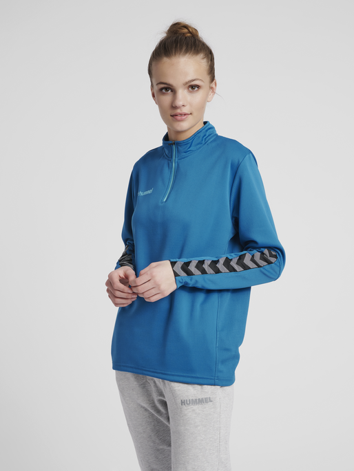 hmlAUTHENTIC HALF ZIP SWEATSHIRT WOMAN, CELESTIAL, model