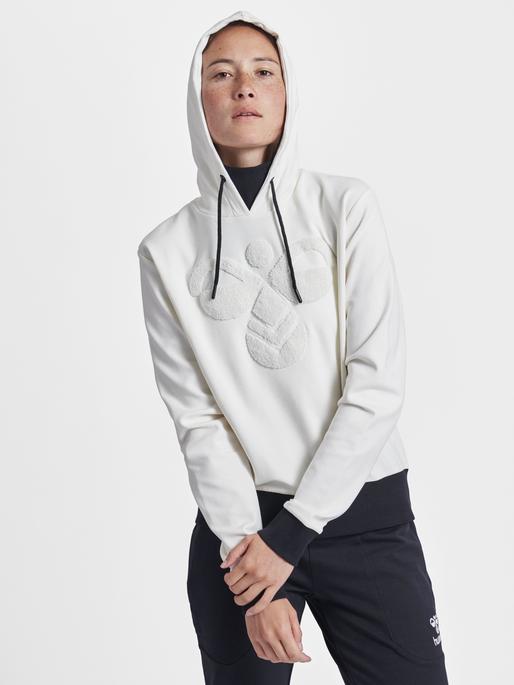 hmlCELESTE HOODIE, ANTIQUE WHITE, model