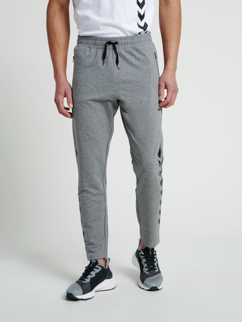 hmlRAY 2.0 TAPERED PANTS, DARK GREY MELANGE, model