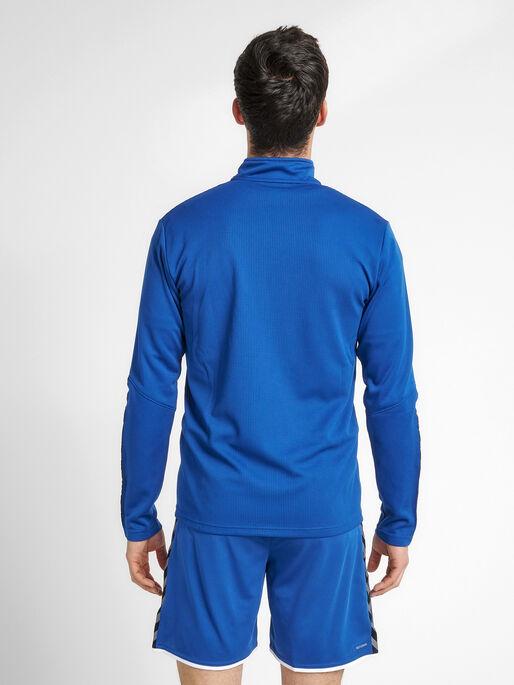 hmlAUTHENTIC HALF ZIP SWEATSHIRT, TRUE BLUE, model