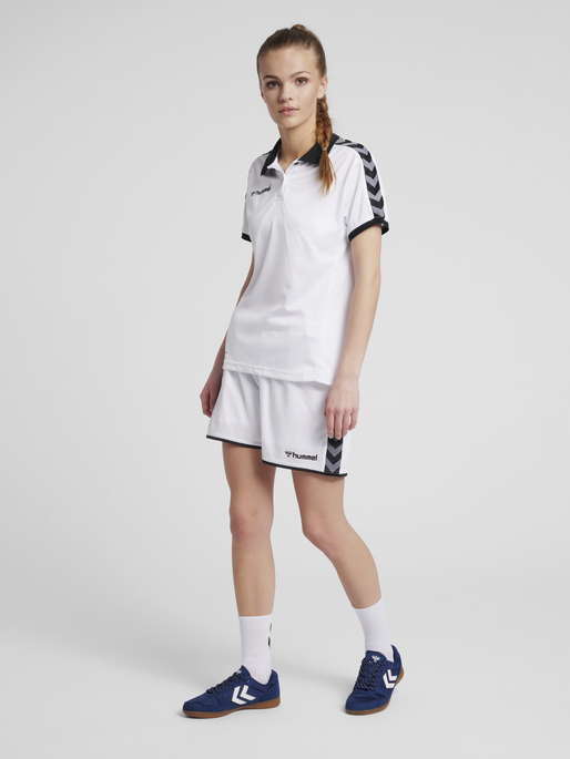 hmlAUTHENTIC WOMAN FUNCTIONAL POLO, WHITE, model