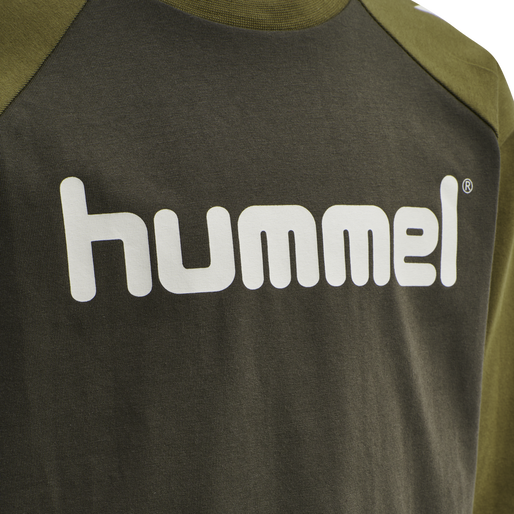 hmlBOYS T-SHIRT LS, BLACK OLIVE, packshot